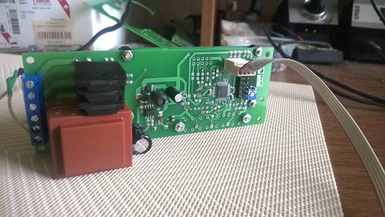 Плата управления ИНВА-У202-с1 предназначена для инкубаторов любой вместимости и имеет достаточное количество каналов измерения и управления.